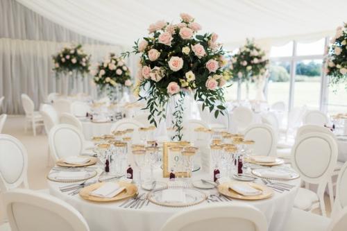 pinkand-gold-wedding-decorations-c2d4167